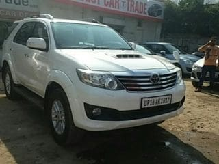 2012 Toyota Fortuner 2.8 4WD AT