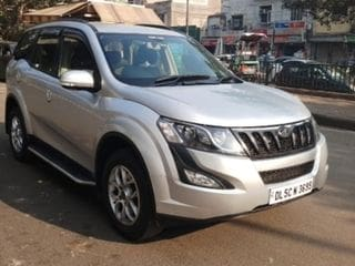 2016 Mahindra XUV500 AT W6 1.99 mHawk