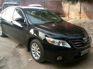 2009 Toyota Camry AT with Moonroof
