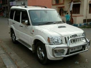 2011 Mahindra Scorpio VLX 2WD AIRBAG SE BSIV