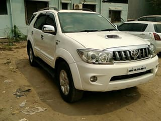 2011 Toyota Fortuner 4x2 Manual