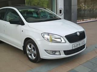 2015 Skoda Rapid 1.5 TDI AT Ambition With Alloy Wheel