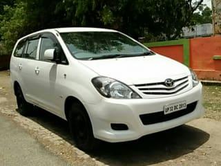 2010 Toyota Innova 2.5 GX (Diesel) 7 Seater