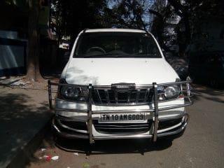 Mahindra Xylo D4