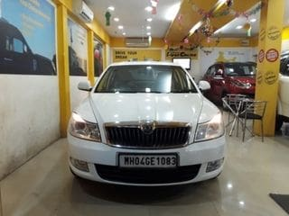 2013 Skoda Laura Ambition 2.0 TDI CR MT