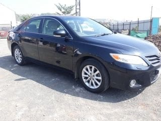 2011 Toyota Camry AT with Moonroof