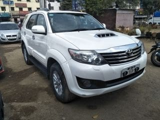 2013 Toyota Fortuner 2.8 2WD AT