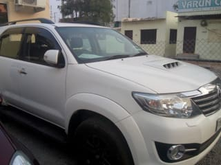 2015 Toyota Fortuner 2.8 4WD MT