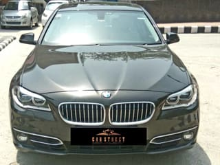 2015 BMW 5 Series 520d Luxury Line
