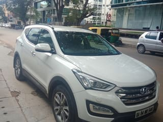 2016 Hyundai Santa Fe 4WD AT