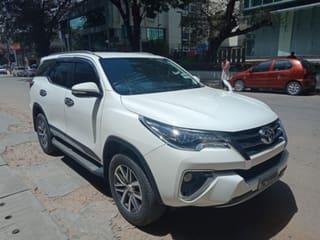 2017 Toyota Fortuner 4x4 MT