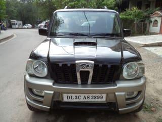 2011 Mahindra Scorpio SLE BS IV
