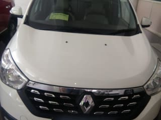 2015 Renault Lodgy Stepway 110PS RXZ 7S