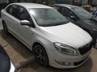 2012 Skoda Rapid 1.6 MPI AT Elegance