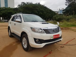 2014 Toyota Fortuner 4x2 4 Speed AT TRD Sportivo