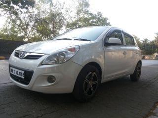 Hyundai i20 2010-2012 1.4 Asta AT with AVN