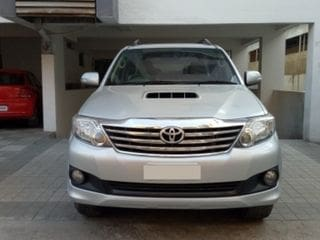 2011 Toyota Fortuner 4x2 AT