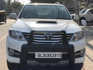 2015 Toyota Fortuner 2.8 2WD AT