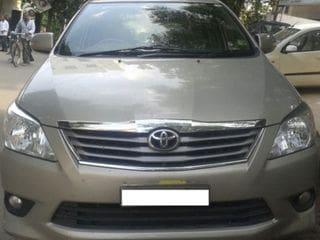 2012 Toyota Innova 2.5 VX 8 STR BSIV