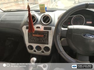 2014 Ford Figo 1.5D Titanium MT