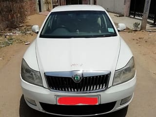 2011 Skoda Laura Ambiente 2.0 TDI CR AT