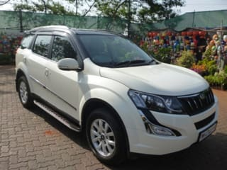 2016 Mahindra XUV500 AT W10 AWD