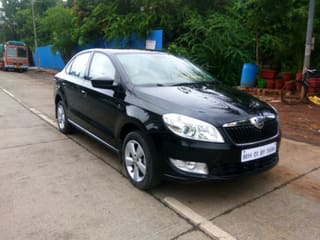 2015 Skoda Rapid 1.6 MPI AT Elegance Plus Black Package