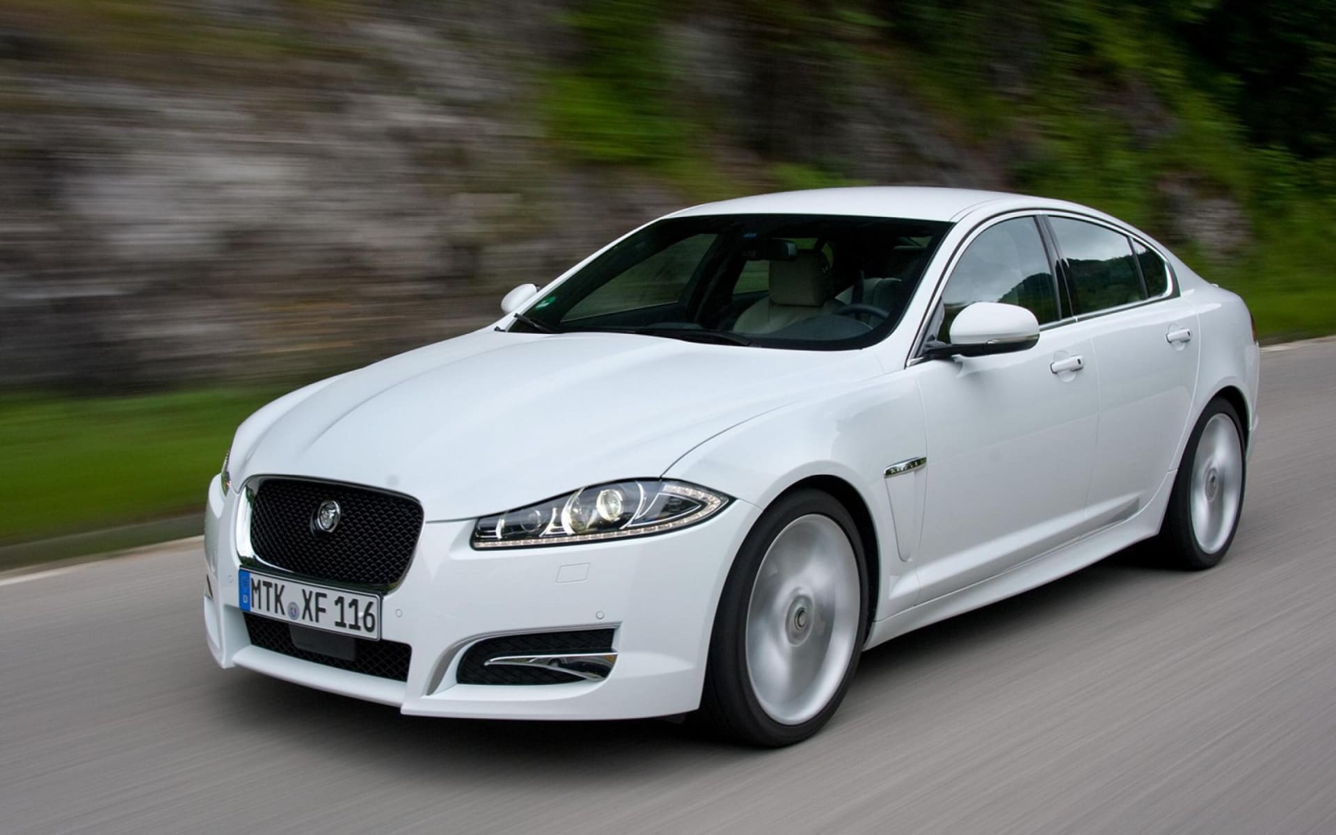Used Jaguar XF 2.2 Litre Executive (Id-882151) Car in Ahmedabad