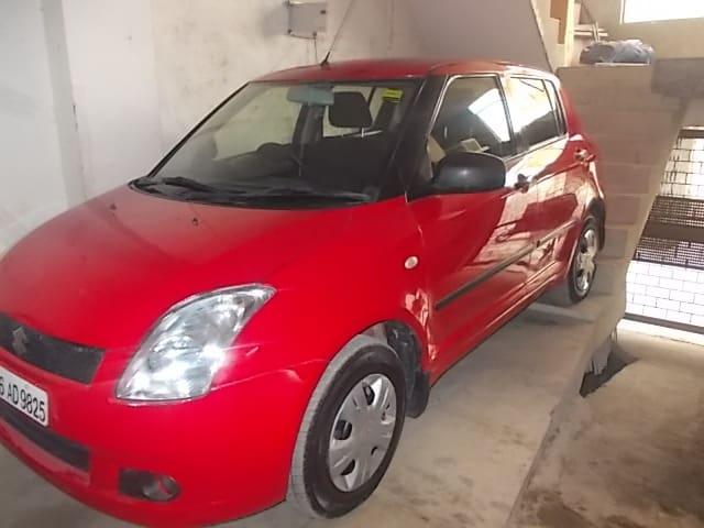 Used Maruti Swift VXI (Id-635732) Car in New Delhi